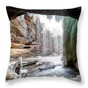 0938 Lasalle Falls - Starved Rock State Park Throw Pillow