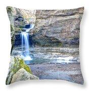 0940 Cascade Falls - Matthiessen State Park Throw Pillow