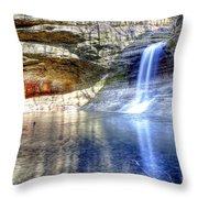 0943 Cascade Falls - Matthiessen State Park Throw Pillow