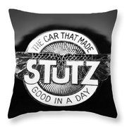1925 Stutz Series 695h Speedway Six Torpedo Tail Speedster Emblem Throw Pillow