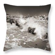Bolonia Waves Throw Pillow