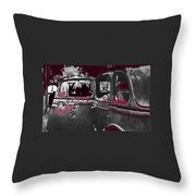 Bonnie And Clyde Death Car South Of Gibsland Toward Sailes Louisiana May 23 1933-2013 Throw Pillow