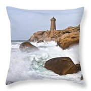 Breaking Of Waves Throw Pillow