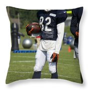 Chicago Bears Wr Chris Williams Training Camp 2014 01b Bw Throw Pillow