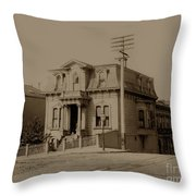 Clay And Hyde Street's San Francisco Built In 1874 Burned In The 1906 Fire Throw Pillow