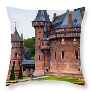 De Haar Castle. Utrecht. Netherlands Throw Pillow
