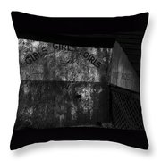 Film Noir Joseph Calleia Orson Welles Touch Of Evil 1958 Cannonball Run 2 Set Old Tucson Az 1984-'08 Throw Pillow