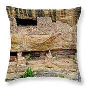 Fire Temple On Chapin Mesa Top Loop Road In Mesa Verde National Park-colorado  Throw Pillow