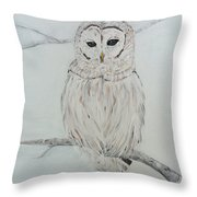 Gufo Bianco Throw Pillow