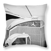 Mercedes-benz Grille Throw Pillow