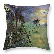 Metamorfosis De Palmas Throw Pillow