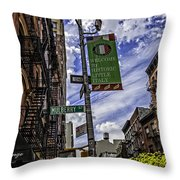 Mulberry St - Nyc Throw Pillow