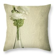 Ranunkel Throw Pillow
