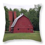 barn in Kentucky no 9 Throw Pillow