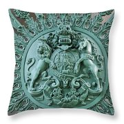 Royal Lion And Unicorn Coat Of Arms On The Gate Of The Wellington Arch At Hyde Park Corner London Throw Pillow