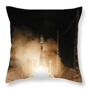 Soyuz Vs06 Lifting Off Throw Pillow