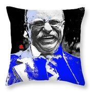 Theodore Roosevelt Charlie Duprez Photo Oyster Bay New York 1912-2013 Throw Pillow