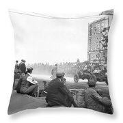 Vanderbilt Cup, 1910 Throw Pillow