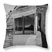 California Bodie, 1962 Throw Pillow