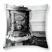 California Bodie, 1962 Throw Pillow