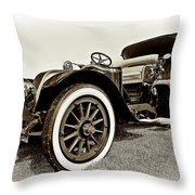 1914 Renault Type Ef Victoria Throw Pillow