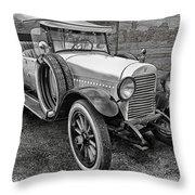 1921 Hudson-b-w Throw Pillow
