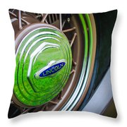 1933 Lincoln Kb Judkins Coupe Emblem - Spare Tire Throw Pillow