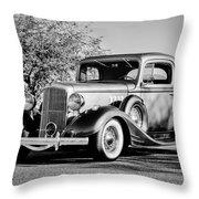 1933 Pontiac -0011bw Throw Pillow