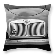 1959 Mg A 1600 Roadster Front End -0055bw Throw Pillow