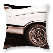 1972 Oldsmobile Cutlass 4-4-2 Throw Pillow