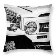 1973 Toyota Fj40 Land Cruiser Grille Emblem -1918bw Throw Pillow