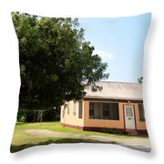 2666 Cottage Throw Pillow