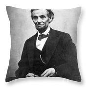 Abraham Lincoln(1809-1865) Throw Pillow