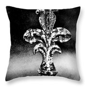 Court Jester - Bw Texture Throw Pillow