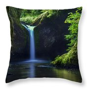 Punchbowl Falls Throw Pillow