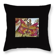 2015 Rose Parade Float With Butterflies 15rp043 Throw Pillow