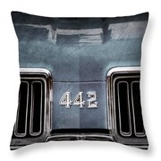 1970 Oldsmobile 442 Grille Emblem Throw Pillow