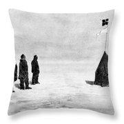 Roald Amundsen (1872-1928) Throw Pillow