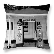Route 66 - Soulsby Station Pumps Throw Pillow