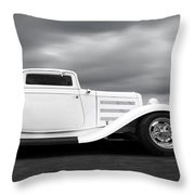 32 Ford Deuce Coupe In Black And White Throw Pillow
