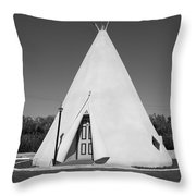 Route 66 - Wigwam Motel Throw Pillow