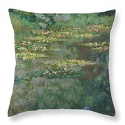 Le Bassin Des Nympheas Throw Pillow