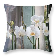 4 Orchidee Throw Pillow