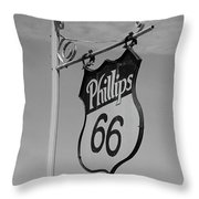 Route 66 - Mclean Texas Throw Pillow