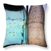 4573 Throw Pillow