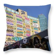 5 Pointz Graffiti Art 2 Throw Pillow