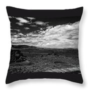 672 Sl Bw Tuzigoot 3  Throw Pillow