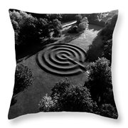A Maze At The Chateau-sur-mer Throw Pillow