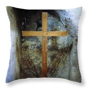 A Place For Prayer Throw Pillow