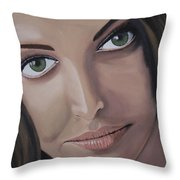 Aishwarya Rai Throw Pillow